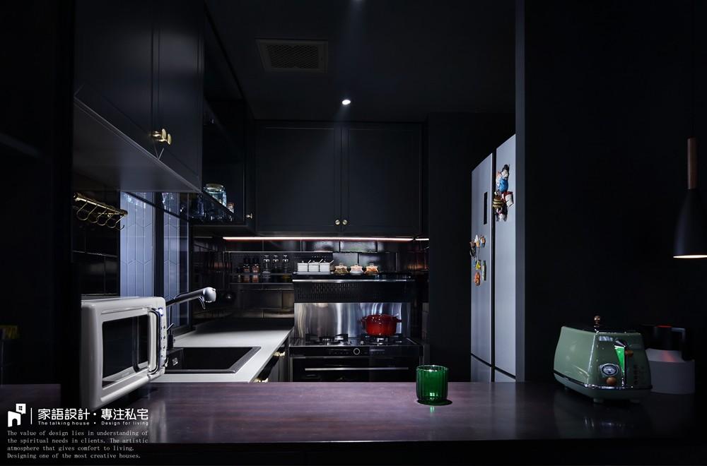 黑色·幽默餐厅2图潮流混搭厨房设计图片赏析