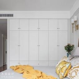 美式经典风卧室衣柜设计