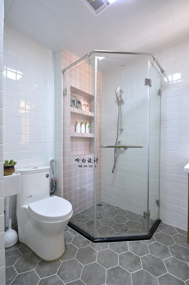 听白设计最新作品秋天的family卫生间北欧极简卫生间设计图片赏析