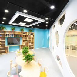南京維特熊藝術教育培訓中心等待區設計