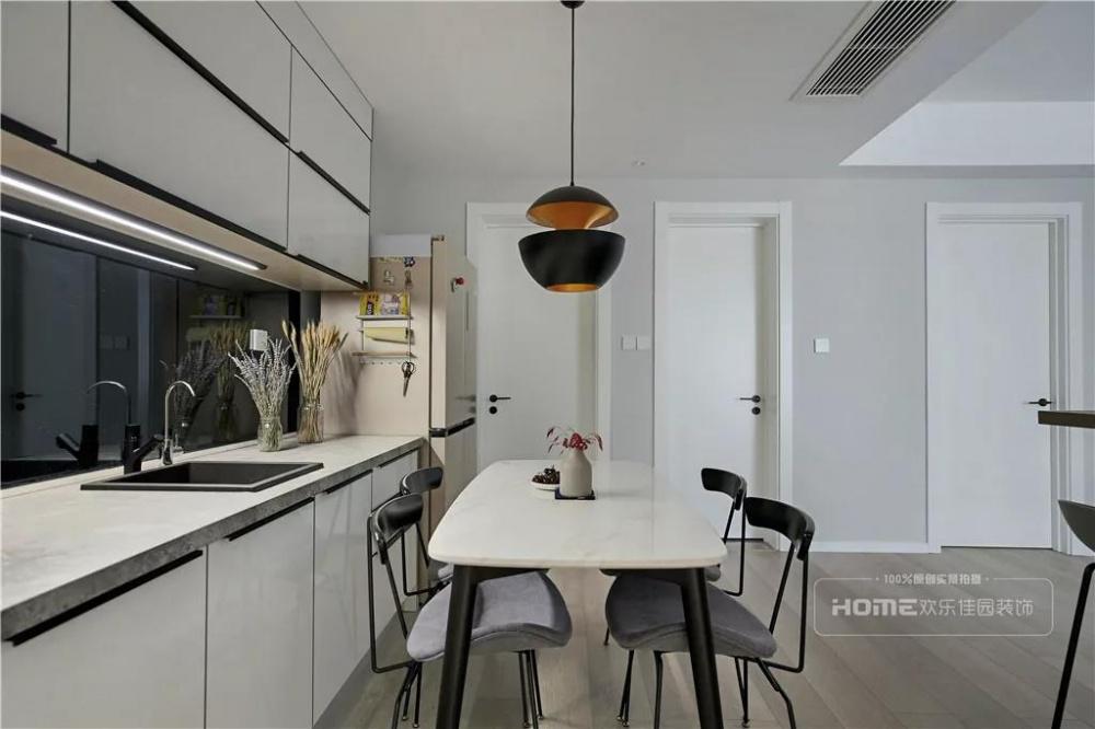 欢乐佳园装饰|灰色+粉色都市人的一剂**厨房3图北欧极简餐厅设计图片赏析