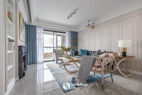 芳菲度 蓝+白,春季最美CP色客厅窗帘复式美式经典家装装修案例效果图