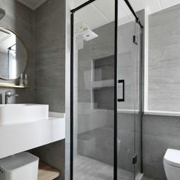 木质日式风卫生间设计