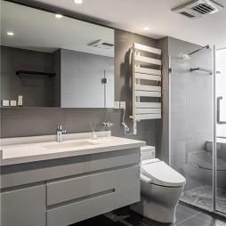 现代风异型卫生间图片