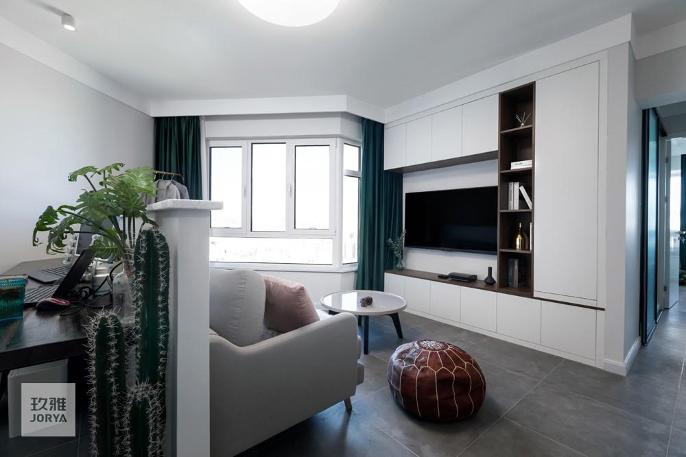 三角形异形客厅?看设计师如何破局客厅现代简约客厅设计图片赏析