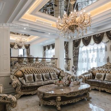 500平方米的欧式风格别墅_3688746