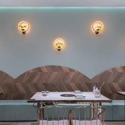 用两种颜色打造的女性餐厅空间_3704822