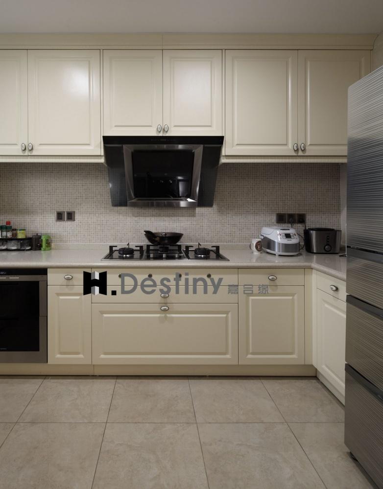混搭欧式下的低调奢华诠释餐厅欧式豪华厨房设计图片赏析