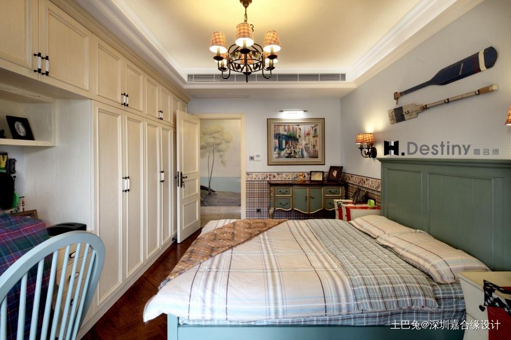 混搭欧式下的低调奢华诠释卧室欧式豪华卧室设计图片赏析