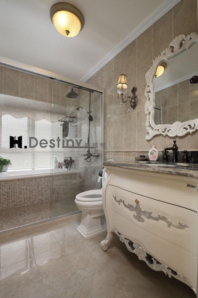 混搭欧式下的低调奢华诠释卫生间1图欧式豪华卫生间设计图片赏析