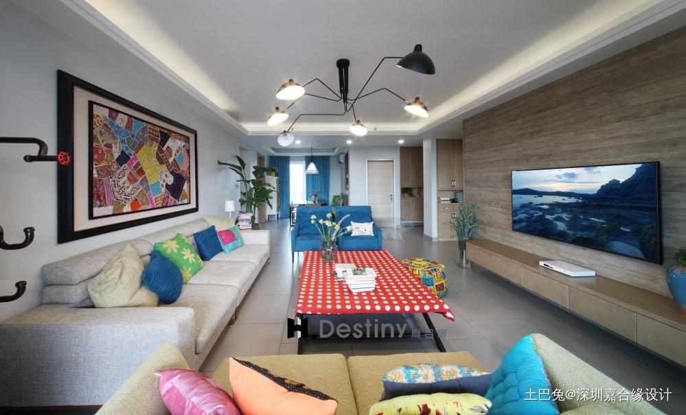 色彩空间的个性之家_3745652四居及以上现代简约家装装修案例效果图