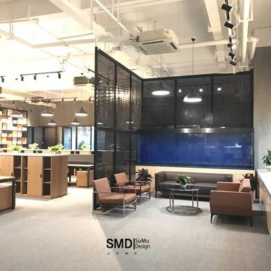 工业风办公室如此随性自在的工作氛围_3746725