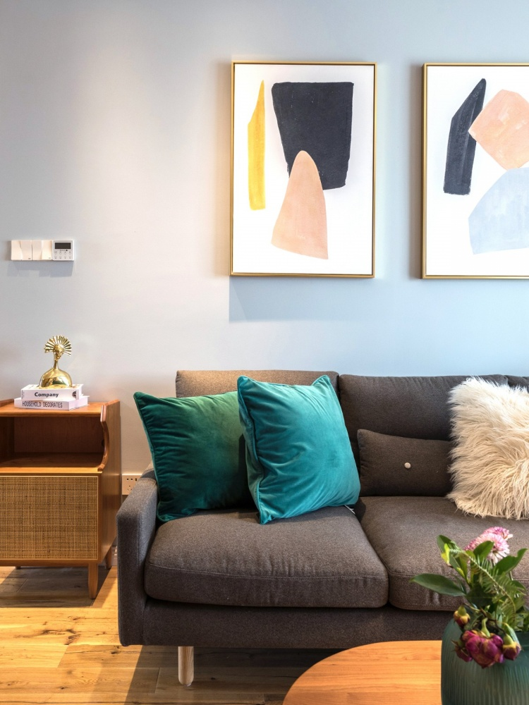 老师的家|全面墙书柜客厅+隐形门设计客厅2图现代简约客厅设计图片赏析