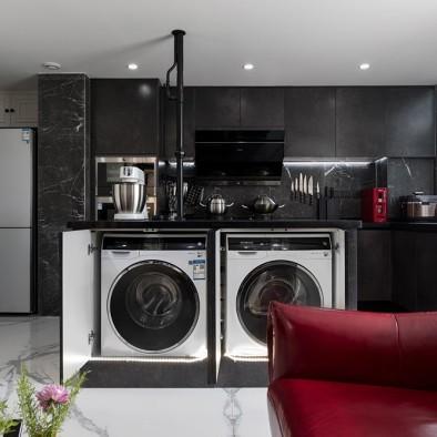 小户型也可以拥有炫酷的全黑色厨房