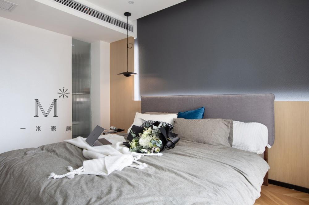 """一间有质感的单身公寓助你""""早日成家""""卧室3图现代简约卧室设计图片赏析"""