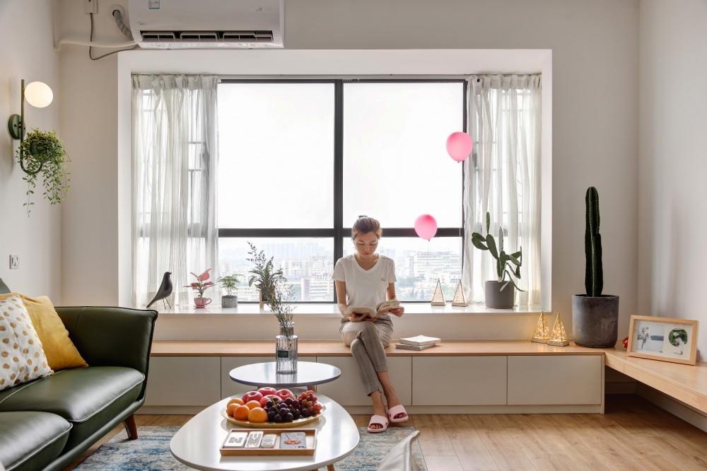 改造一堵墙,白色+原木配色的家更宽敞明亮客厅北欧极简客厅设计图片赏析
