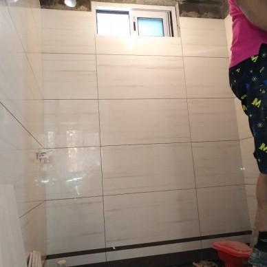 成都80后装修队贴砖工艺_3785490