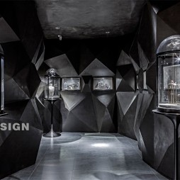 YUDII珠宝店高贵而又神秘——展示区图片