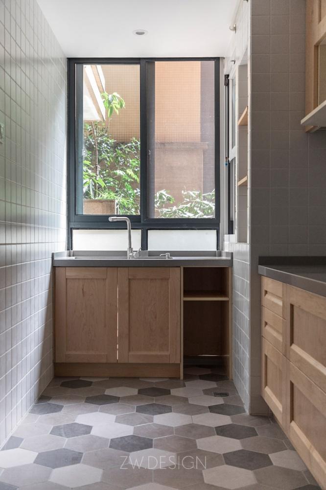 改造个过道,浴缸冰箱统统拿下餐厅日式厨房设计图片赏析