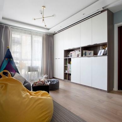 无沙发客厅+投影:为孩子打造一个游乐园_3849336