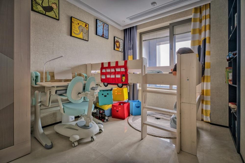 灰色+橙色=随心不随意&时髦显魅力卧室3图现代简约卧室设计图片赏析