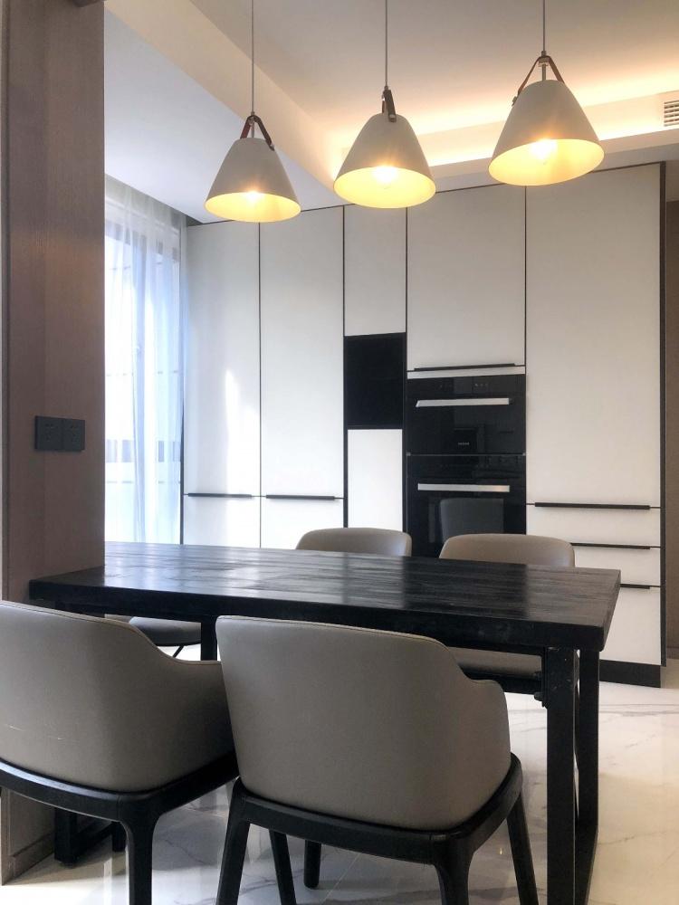 一套房子厨房1图现代简约餐厅设计图片赏析