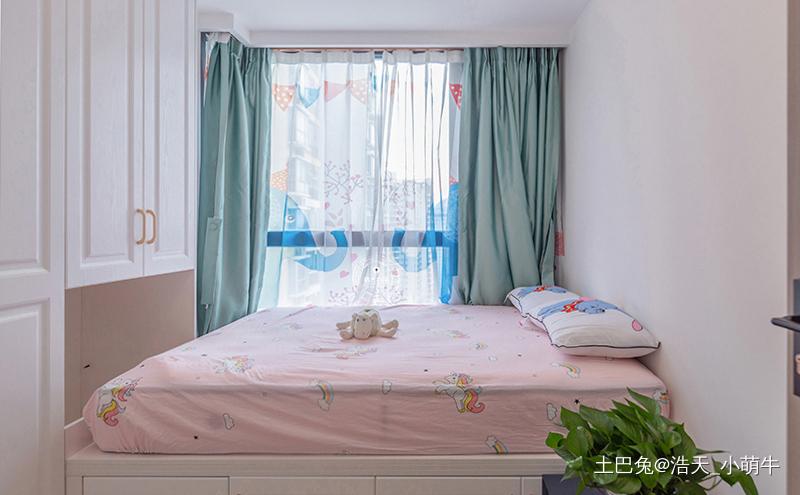 三居室现代轻奢实景在线撩拨少女心~卧室现代简约卧室设计图片赏析