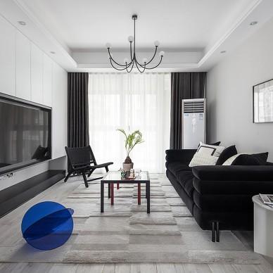 谁说黑白灰色系不可以打造出梦幻温馨的家_3881299
