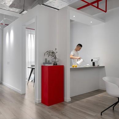 83平办公空间——茶水间图片