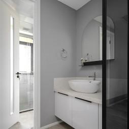 129平三居现代简约——卫生间图片