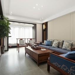 136平三居中式现代——客厅图片