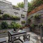 色彩改变生活,玳瑁蜂蜜点缀经典黑白灰——花园图片