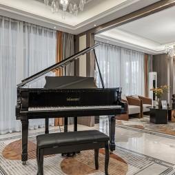 灰调浪漫-欧式豪华——钢琴区图片