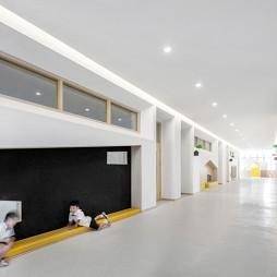 稚荟树幼儿园——走廊图片