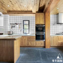 一间大茶室 300㎡清雅民宿风——厨房图片