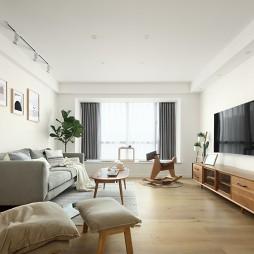 木色+白色,打造简单、温馨的日式小屋——客厅图片