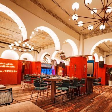 艺科新作|红蓝交织的复古混搭酒吧空间设计_4000118