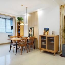 餐厅木饰面上墙,他家的温馨打造我给满分!_1593835057_4193182