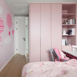 女孩房衣柜