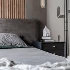 卧室一个床头柜图片