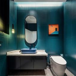 CKS潮牌买手店卫生间设计