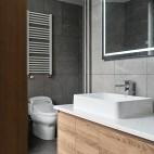 卫生间储物柜图片