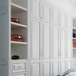 美式轻奢卧室衣柜设计