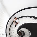 跃层旋转楼梯设计