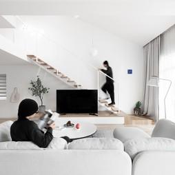 小客厅沙发摆放图