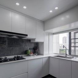 厨房白色橱柜设计