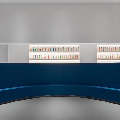 中山石客展厅:当代艺术谱写灯光价值