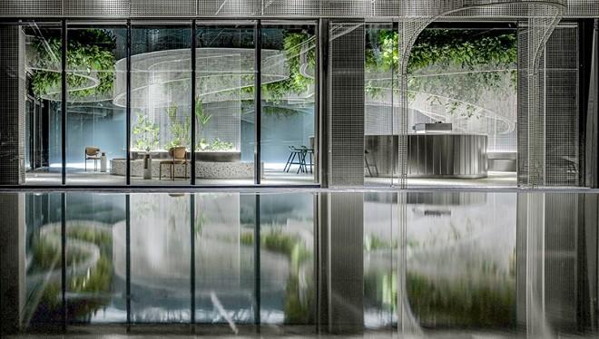 水上的白色花园