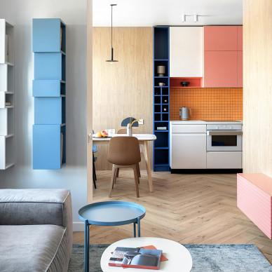 蒙德里安风格:明亮的配色反映了房子的动态_1626667859